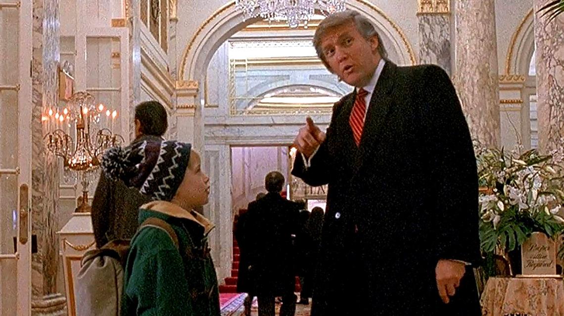 Donald Trump a Reszkessetek, betörők 2 című filmben