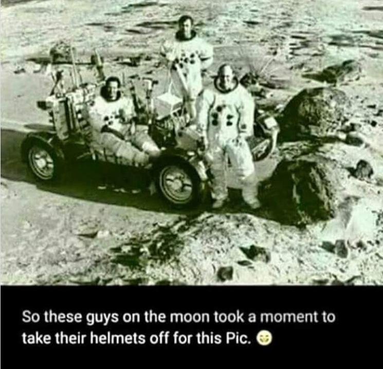 NASA Holdra szállás kamu fotó