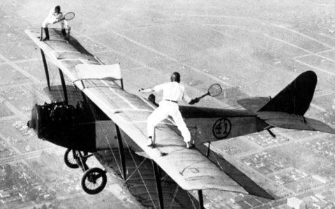 tenisz repülőn