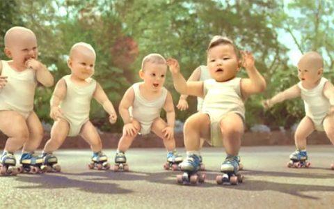 Az Evian babás reklámja